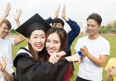 毕业生具备哪些职场优势最好找工作?网友呼声最高原来是这个
