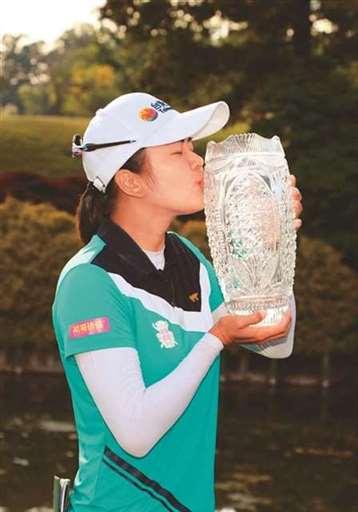 徐薇�R摘LPGA首冠
