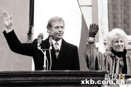 瓦茨拉夫・哈韦尔的政治生涯